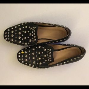 Chase + Chloe flat shoe. Blk/ silver studs size 7